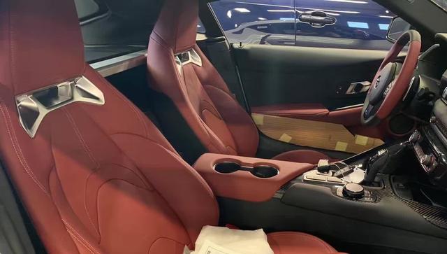 全新丰田Supra海外实车,宝马Z4同平台,售价约35.05万元