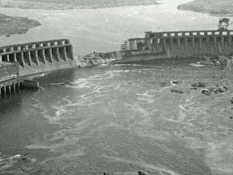 1938年黄河花园口决堤惨象