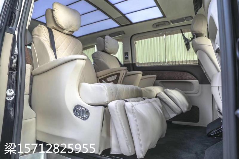 2019款进口奔驰V250迈巴赫平顶商务车,商务之星全国最低价!