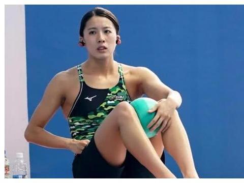 和叶诗文在混合泳比赛中难分胜负,日本选手大桥悠依有什么来头