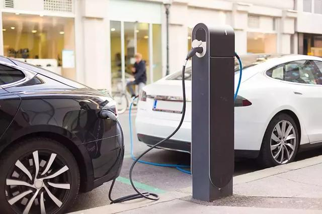 """新能源车企年中成绩:没有一家完成半年目标!""""小目标""""要落空?"""