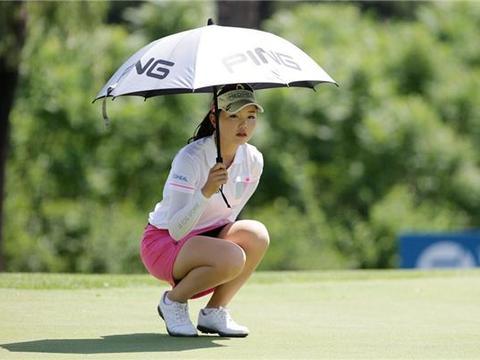 石昱婷虽然是出生于日本,但是非常热爱自己的国家