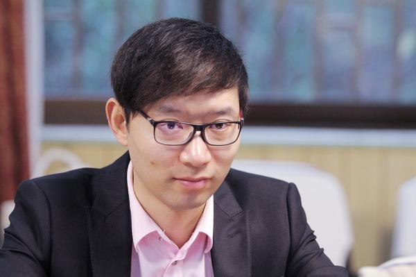 长江证券评级三连降 80后总裁致信:拿回失去的荣耀