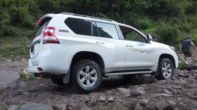 视频:普拉多自驾穿越 老掌沟一日游片段