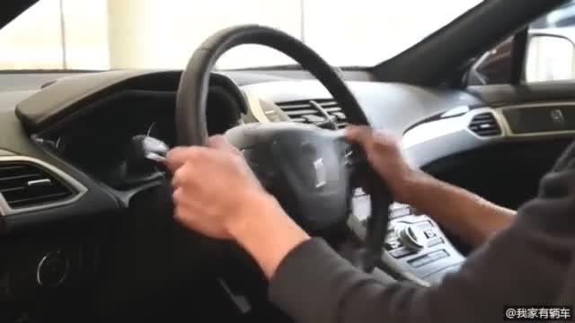 视频:林肯MKZ 2019款20T尊雅版,看看车内有什么值得我们一看的地方。