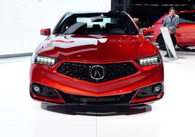 """最帅""""豪华版思域""""亮相,限量360台,搭V6引擎+9AT,带四驱!"""