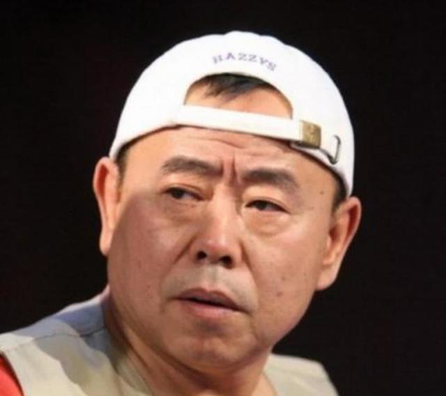 有种隔代遗传叫潘长江外孙,两人堪称复制粘贴,偏不像高富帅爸爸