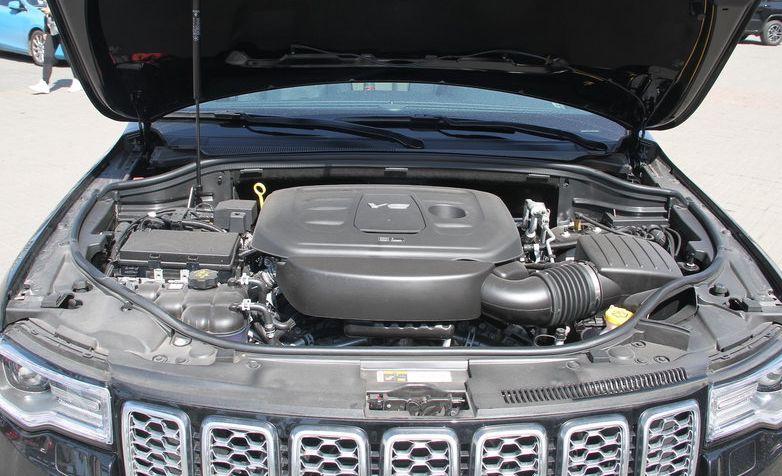2019款Jeep大切诺基消息:全系标配空气悬架
