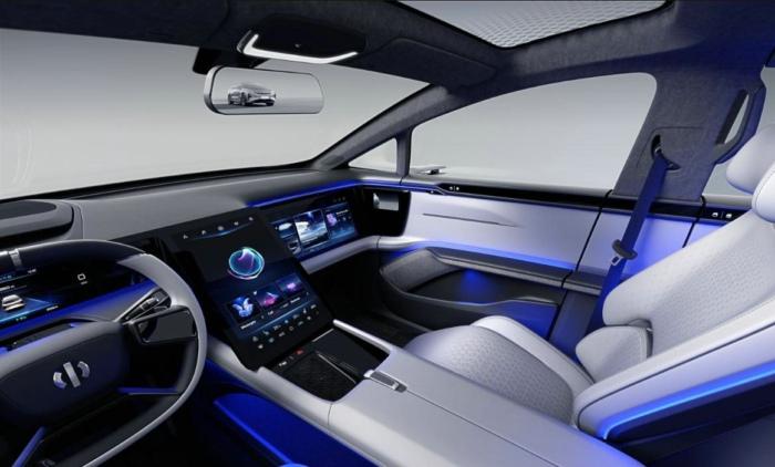华人运通发布首款定型车 高合HiPhi剑指高端市场