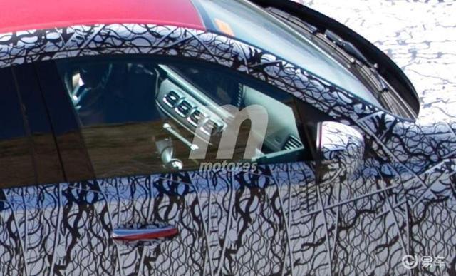 奔驰全新GLE Coupe明年上半年亮相 竞争宝马X6