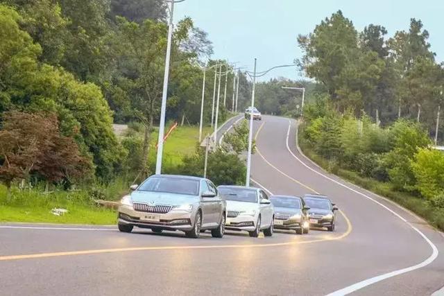 """斯柯达新速派,高性价比的德系车,大众集团的""""新增长点"""""""