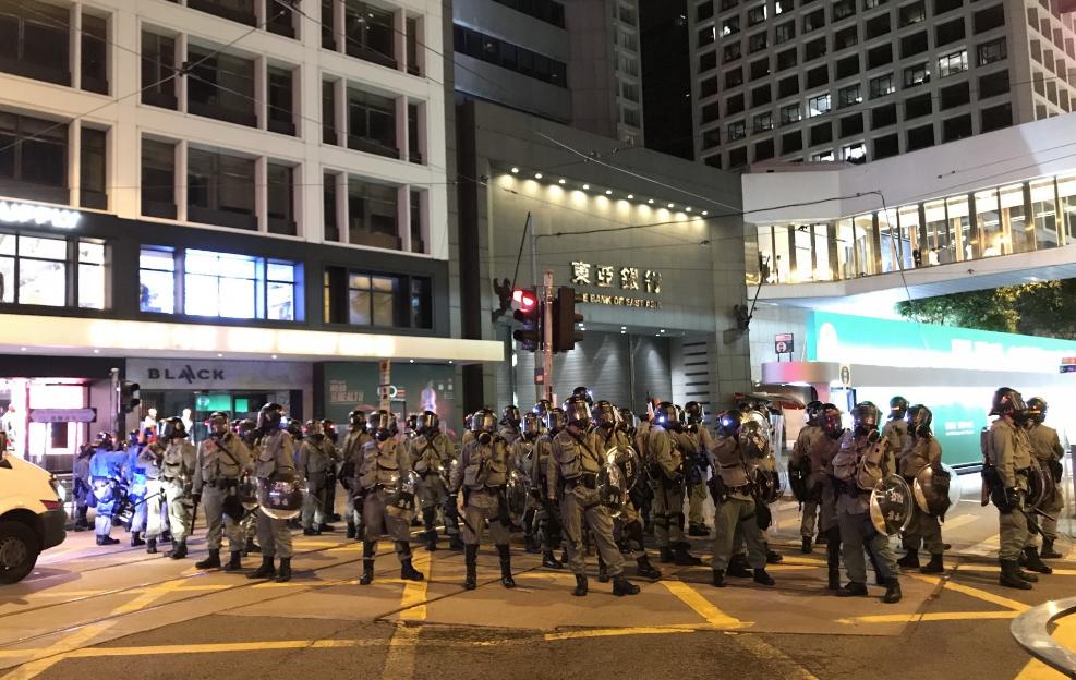 港媒:为什么乱港派头目的子女无一上街游行?|游行