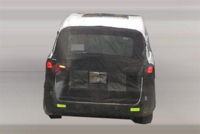 国产再添大空间MPV,荣威新车对标GL8,搭2.0T下半年亮相!