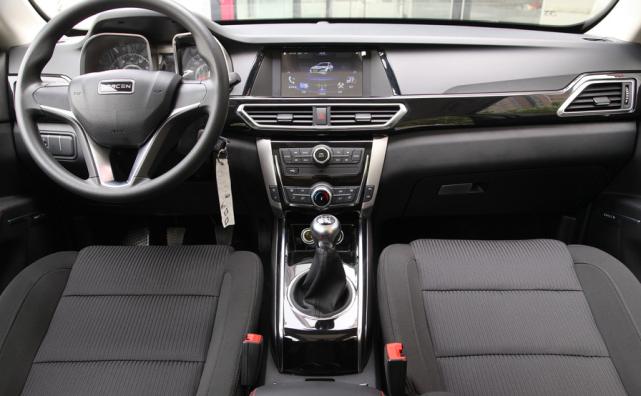 自主SUV再添实力派,新款符合国六,门槛更低,还很科幻!