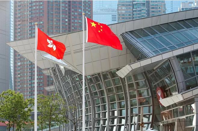新京报:香港极端暴力行为不符合所有人利益|暴力