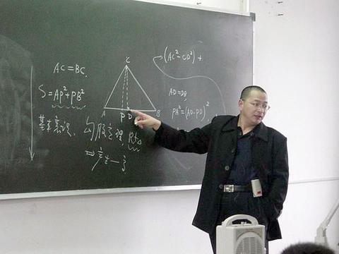 """江苏""""数学帝""""葛军,他是教育家,却因高考数学""""背锅""""9年"""
