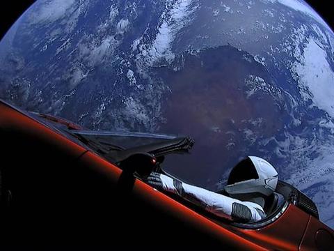 假如你成为了一个太空旅客,那会如何?