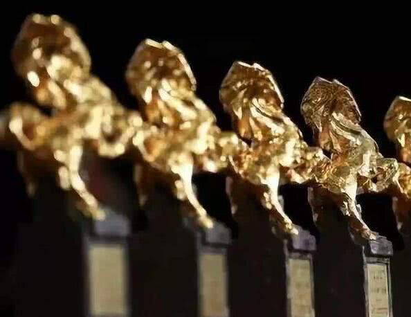 香港电影也齐齐不参加金马奖了,《扫毒2》《使徒2》等取消报名