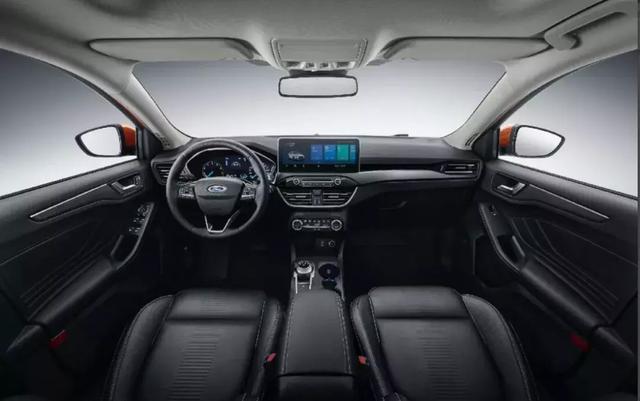 """Active:福克斯家族的一辆车SUV,还是""""钢炮SUV"""""""