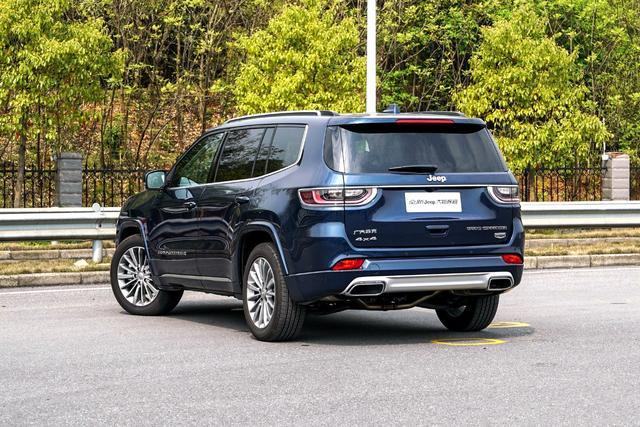 7座SUV可以性能全面吗?Jeep大指挥官值不值得买