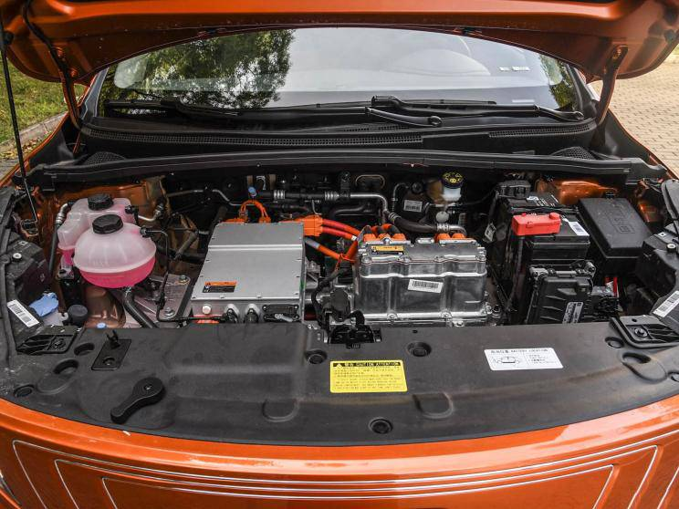 静态对比帝豪GSe和元EV535,家用纯电SUV怎么选?
