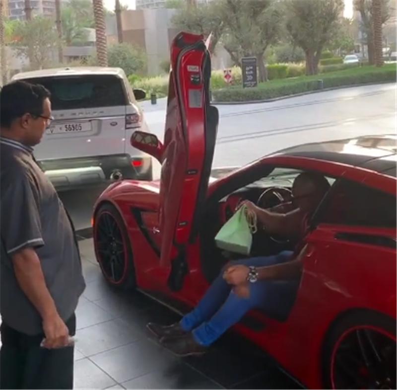 """克尔维特C7现迪拜,外号""""五菱超跑"""",改装剪刀门,3.8秒破百"""