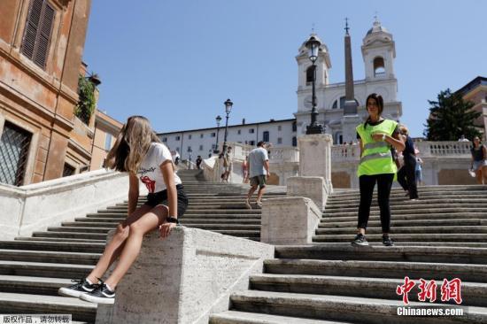 罗马新规:户外晾晒衣物阳台滴水都将被罚款