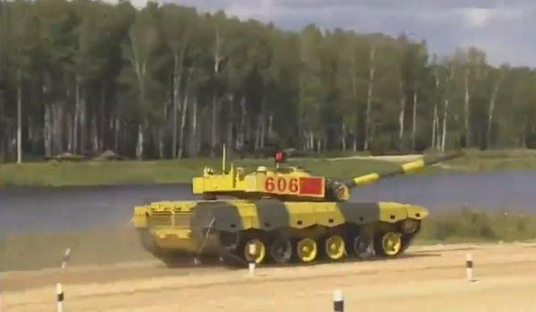 96B变身极品飞车 俄军事竞赛中国战车取得开门△红|中国|俄罗斯
