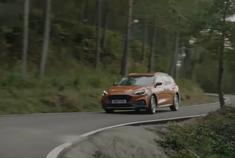 视频:2019年福特福克斯旅行版,怎么有点像是跨界车?