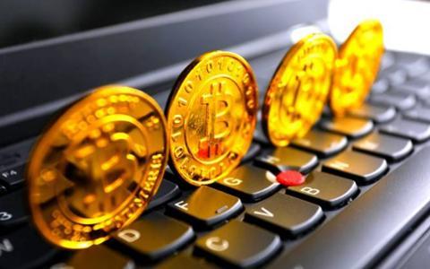 """比黄金还""""保值""""的互联网宝藏?比特币究竟是真金实银还是泡沫?"""