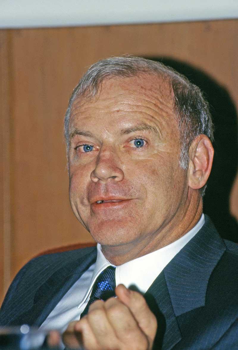 诺奖得主穆利斯去世 他将生物学划分为两个时代|生物化学|诺奖
