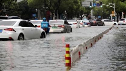 """超强台风""""利奇马""""过境 上海苏宁小店818线上订单暴增"""