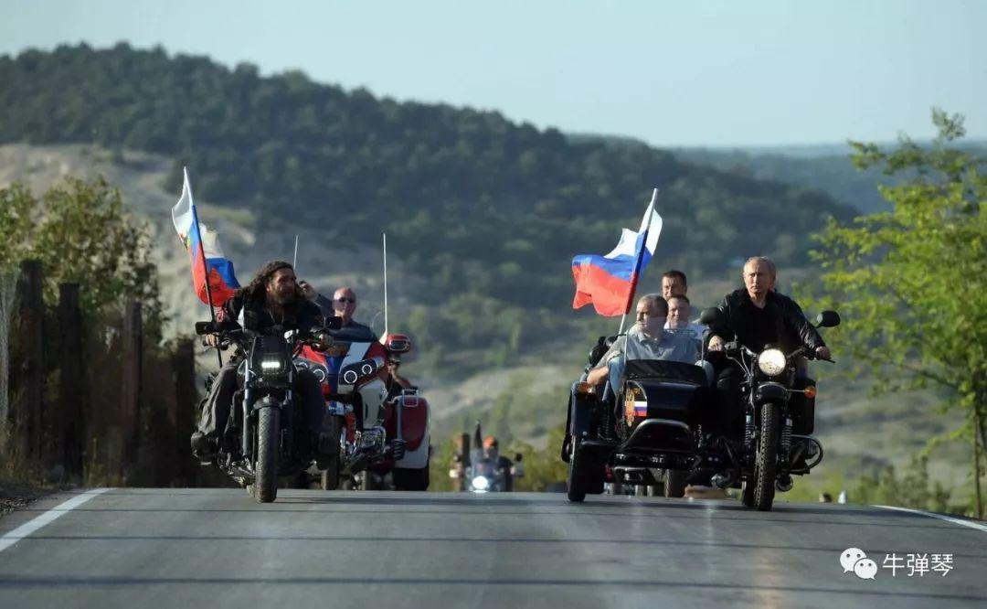 一晃,普京执掌俄罗斯整整20年了!