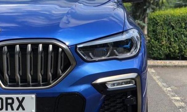 全新宝马X6海外现身!颜值升级轴距近3米 配4.4T V8发动机