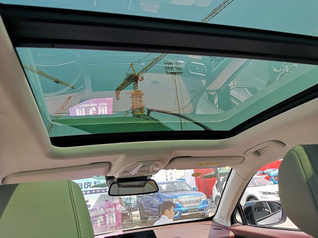 紧追时代前沿 北京五棵松车展看全新宝骏RS-5实车
