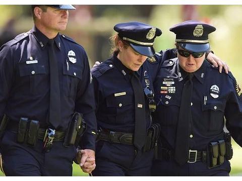 临时工的辅警、协警如何才能成为有公务员编制的警察?