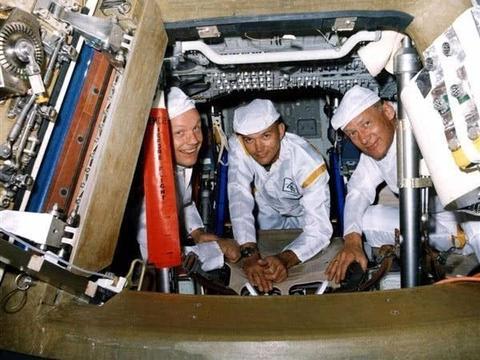86岁阿波罗成员藏了半个世纪的秘密,登月时遇意外,月球上很脏