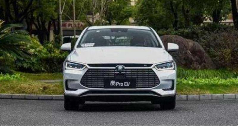 比亚迪秦Pro EV与日产轩逸纯电谁更值得入手?