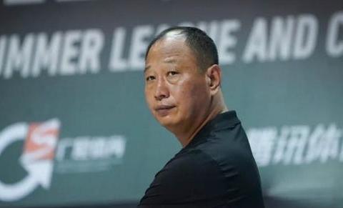 崔万军:选择孙思尧为补强,不会通过娱乐节目评判球员