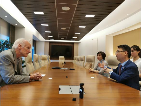 中华财富传承文化发展论坛陈凯主席与皮埃尔•杜邦五世交流会晤