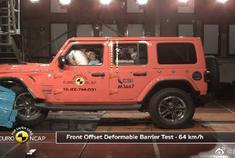 视频:2019款吉普牧马人不太安全啊,碰撞测试,快来看看吧