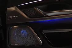 视频:宝马6系GT宝华灯光盖板&呼吸模块,夜空中最亮的星。