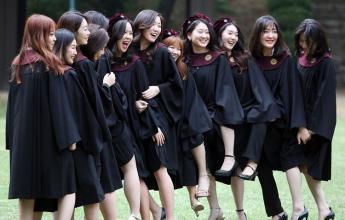 我国这所大学,报考者基本都是女生,男生虽然尴尬但很吃香!