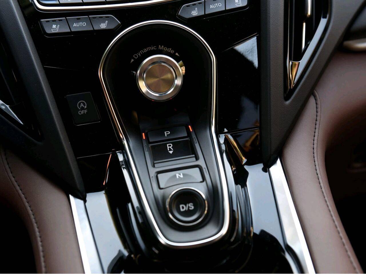 定位豪华中型SUV,全系主动刹车配10AT,还看啥Q5L?