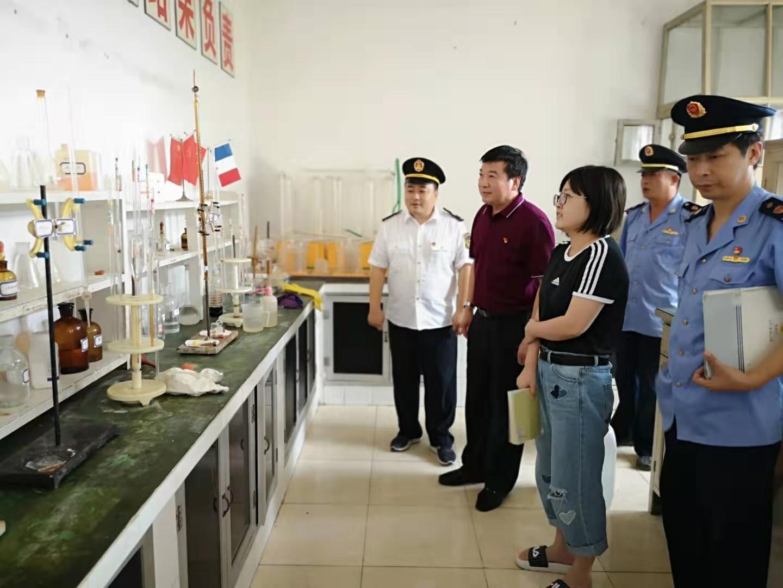徐铁波副局长到北京翔云工贸有限责任公司进行检查指导
