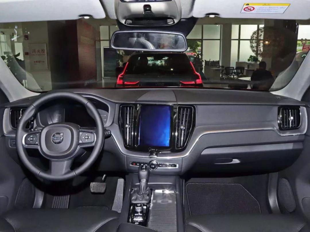 刚上市!这款中型SUV档次感不输BBA,买TA的人通常低调还顾家