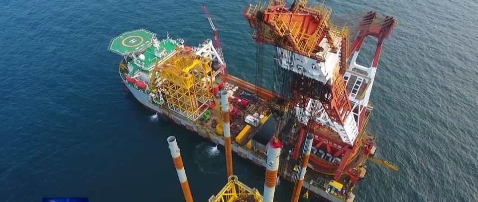 深入海床80米!中节能南鹏岛海上升压站导管架打桩完成