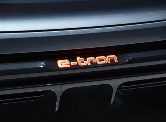 奥迪Q4 e-tron曝光 可提供大灯定制化服务