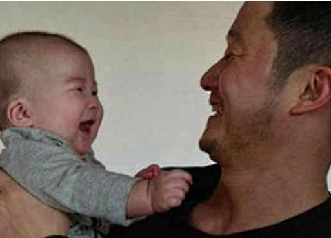 赵文卓吴京陈国坤给儿子取名,他们孩子的名字一个比一个随便