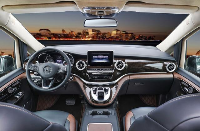 具有一定房车功能的大7座MPV,能会客能休息,利用率高